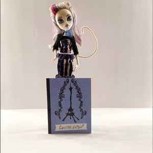 Monster High- Catrine Demew